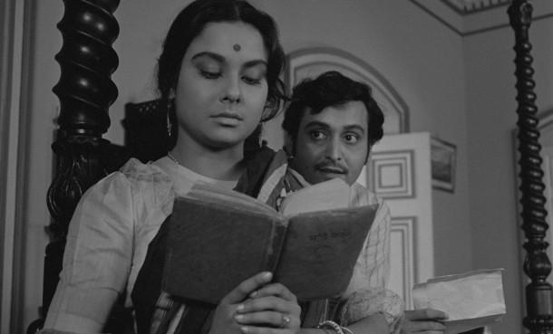 A esposa solitária, de Satyajit Ray