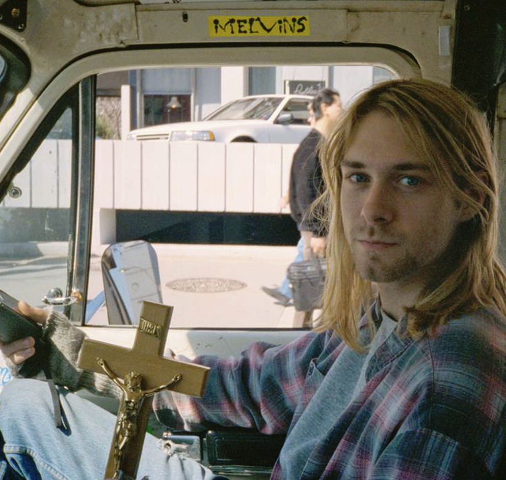 """""""Heavier than heaven – Mais pesado que o céu: uma biografia de Kurt Cobain"""", de Charles R. Cross"""