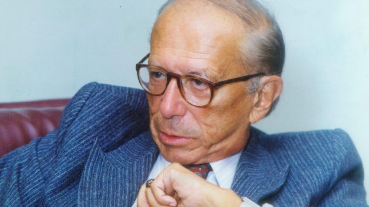 """Roberto Campos em """"Energia"""", terceira parte de """"Rua Paraíba"""""""