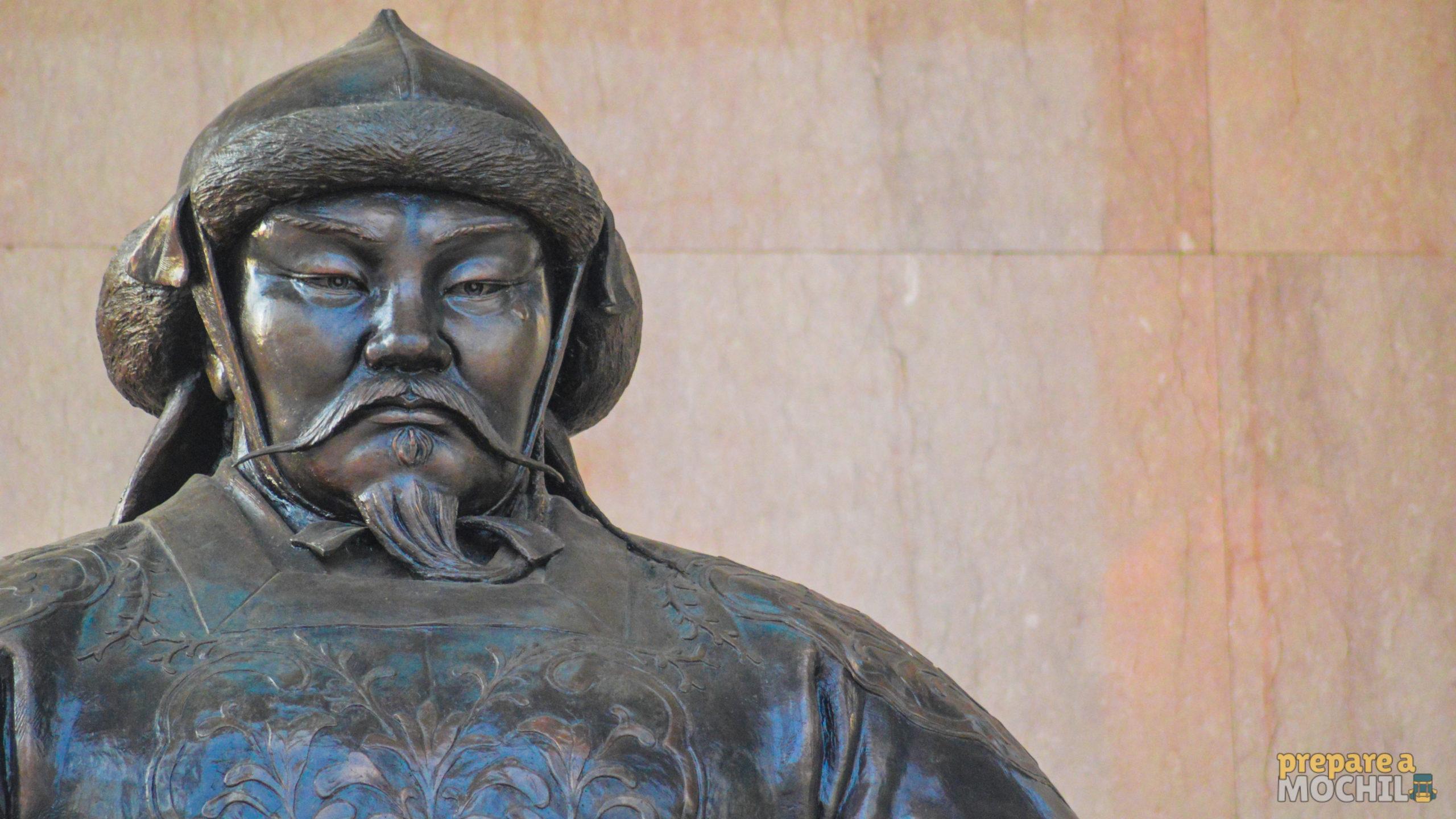 """""""Gengis Khan e a formação do mundo moderno"""", de Jack Weatherford"""
